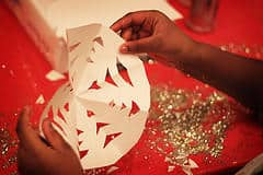 Make These Holiday Crafts With the Kids at Radwyn Apartments